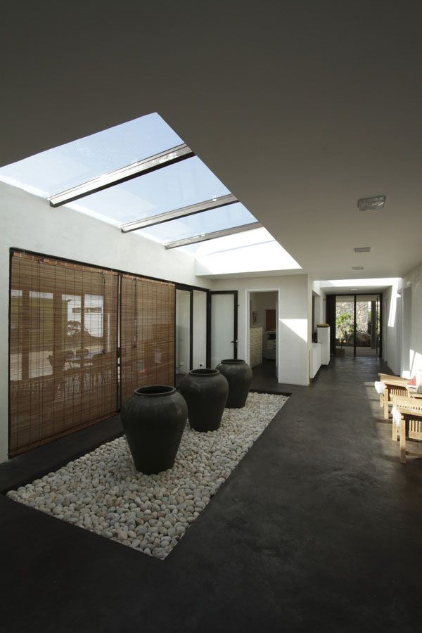 Contemporary Skylights for Brightly Lit Interiors - Ocean Home - February-March 2013