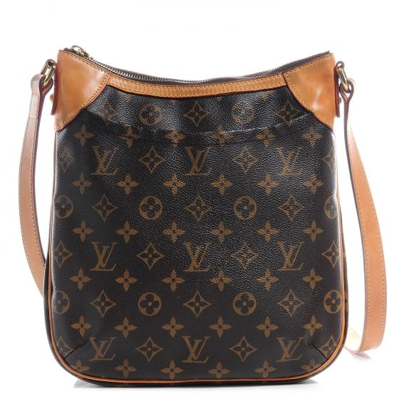 This is an authentic LOUIS VUITTON Monogram Odeon PM.   This stylish messenger bag is crafted of Louis Vuitton monogram coated canvas.