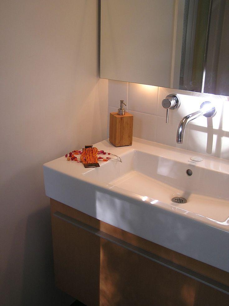 Sumptuous duravit vanity in Bathroom Modern with