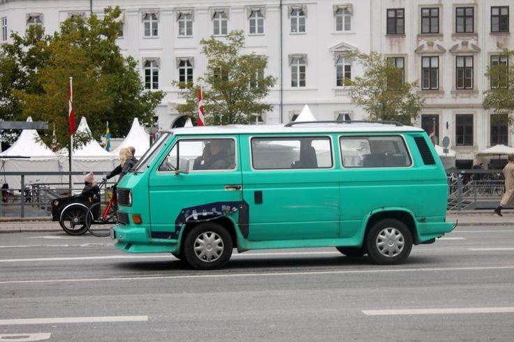 I wish i had a car like that one!