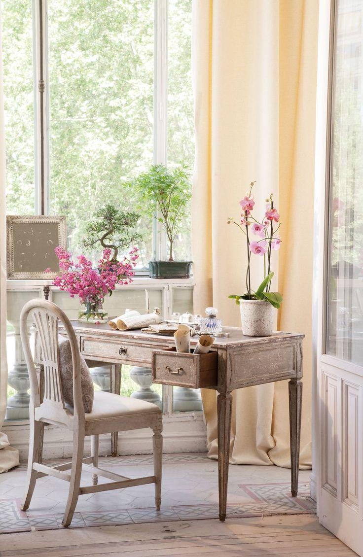 Un salón chic en crudo y rosa · ElMueble.com · Salones