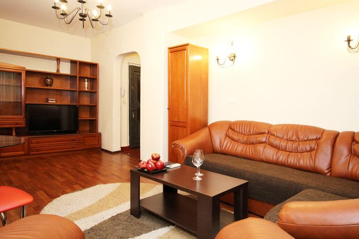 Ideal for corporate travel in Bucharest. City center, few steps from the metro.