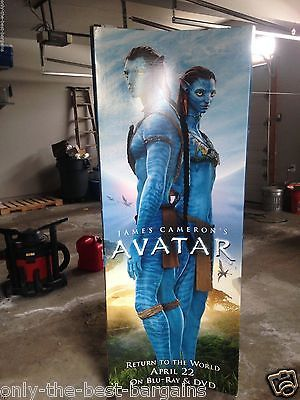 AVATAR-BLU-RAY-RELEASE-3-SIDED-STANDEE