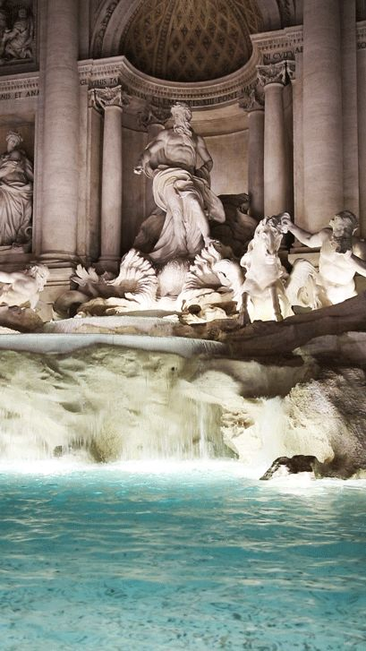 karl-shakur: Trevi Fountain, Rome, Italyby Karl-Shakur // Instagram