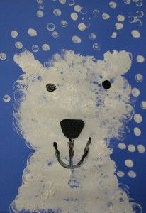 Polar Bear! Using big and small marshmallows to paint! Depending on age you can have a precut nose, mouth, and eyes for the children to add on or have them draw it with black paint themselves.