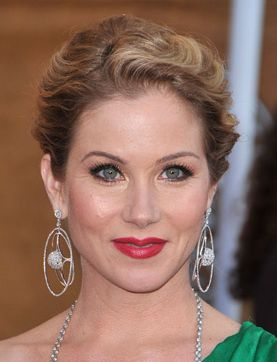 2009 Screen Actors Guild Awards hairstyles perfect for a wedding: Christina Applegate