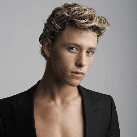 Mitch Hewer wiki, affair, married, Gay with age, height, Skins,