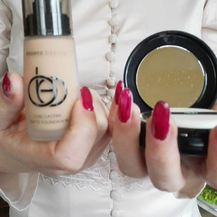 Nadšeně jsme přivįtali novinku z Essens Beauty - make-upy a pudrenky. www.essensworld.com ID-10001234  #essensostrava #essensclub  #essensstyle #makeup #pudrenky #liceni #dekorativnkosmetila #kosmetika #poruba #podnikatelka #essensbeauty #uspech #podnikani #pridejtese #vyzkousejte