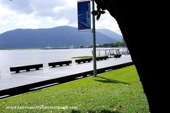 The Cairns Esplanade, beautiful place for a stroll, stunning scenery!