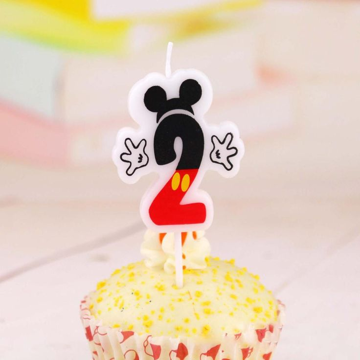 Robô bonito dos desenhos animados feliz aniversário vela digital de vela do bolo de aniversário
