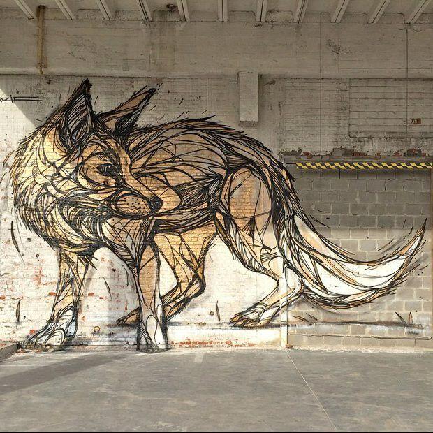 O grafiteiroDzia vai além do papel e utiliza os muros da cidade como uma tela em branco para expressar sua arte. Com um traço e uma técnica bastante singular ele cria animais extremamente detalhad…