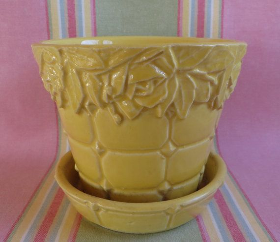Yellow McCoy Flower Pot, Vintage McCoy Planter, Yellow Rose McCoy Flower Pot, Vintage Planter, McCoy Pottery, Flower Pot Attached Saucer