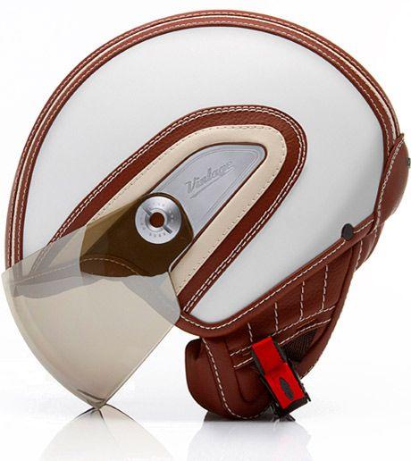 Le casque jet Hugo Boss v.2 par Nexx Helmets /// Hugo Boss vintage motorbikes helmet by Nexx