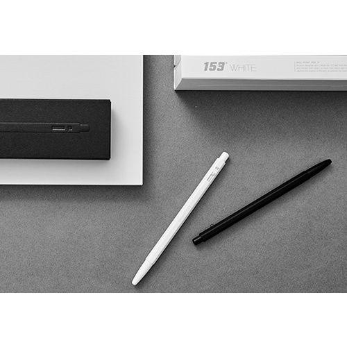 [이마트몰] 153 black & white( 이마트몰 단독 무료각인서비스 +고급리필심 증정)