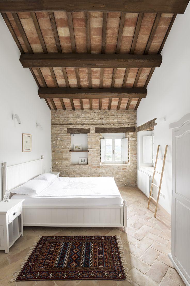 Motelparo Villa in Italy by ROY DAVID STUDIO