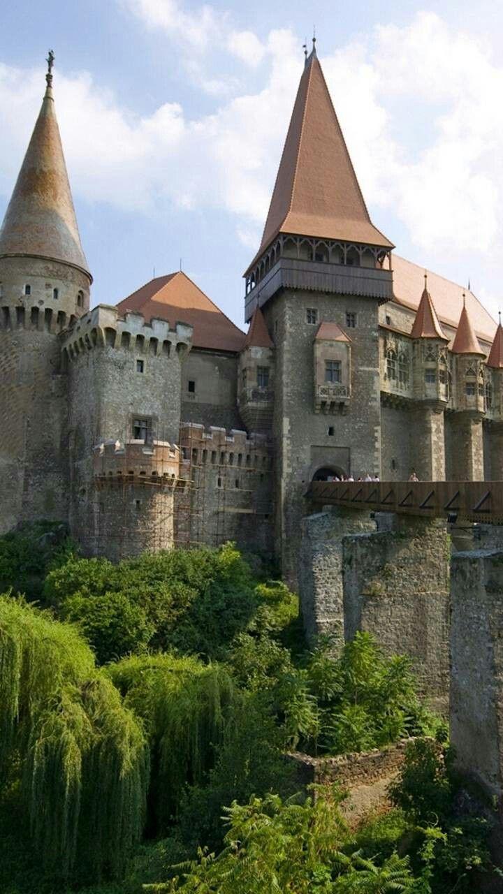Castelul Huniazilor Romania