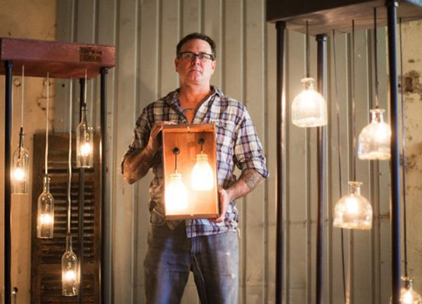 Artist Jim Ligon of Kansas City creates functional lighting designs out of re-purposed crates, liquor bottles and serving glasses for something truly unique: Vintage Edison.