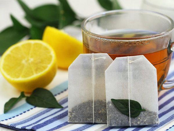 Zayıflatan 14 Bitkisel Çay Çeşidi - Yeşil çay  Yeşil çay, kilo vermek için en faydalı çaylardan bir tanesidir. Ayrıca içeriğindeki kateşin metabolik sağlığı korumak için yararlıdır.