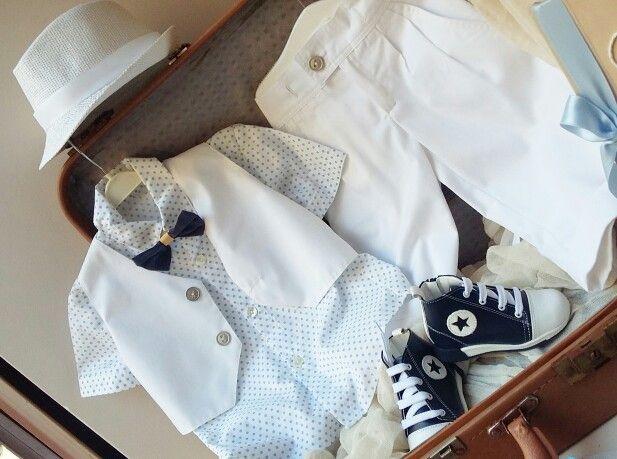 Λευκό  πουά  πουκαμισάκι, άκρως  αριστοκρατικό στις καλύτερες τιμές  της αγοράς! Ολολευκο βαμβακερό  για  να ντύσετε  το μωράκι  Σας!Καλέστε  2105157506 www.valentina-christina.gr  #βάπτιση #βαπτιση #vaptisi#baptisi #vaptism #vaftisi #vaptistika#βαπτιστικα