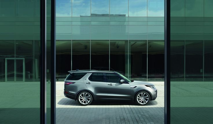 Land Rover has presented the all-new three-row seven-seat Discovery that  will go on sale in mid-2017 in the USA, starting at $49,990, and in spring of 2017 in the UK, priced from £43,495.