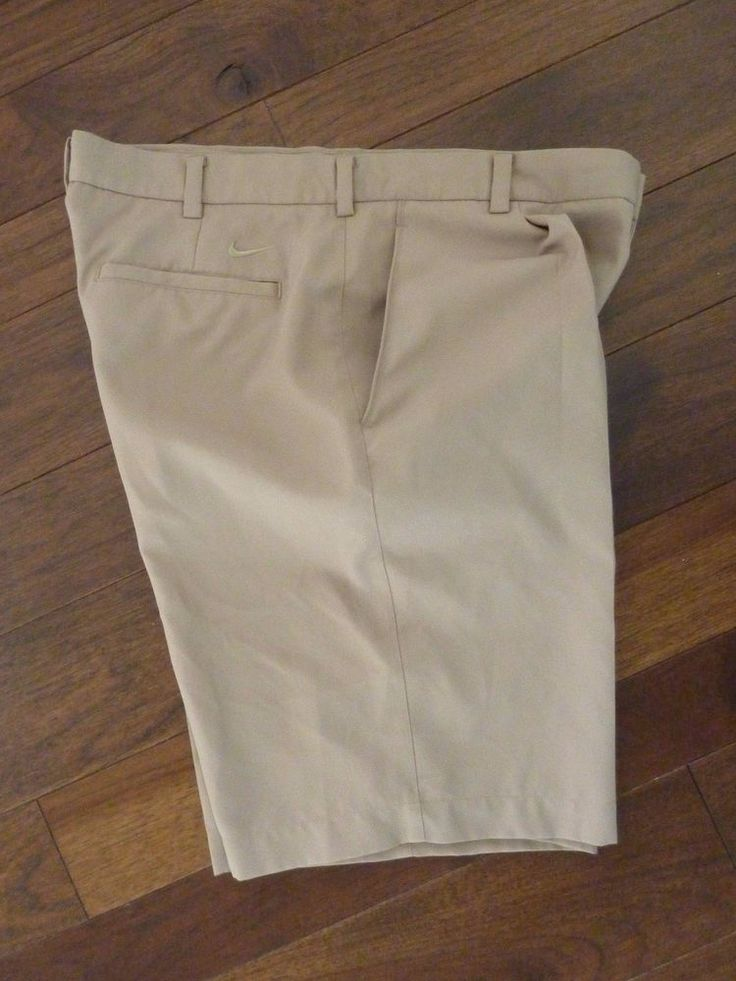 NIKE GOLF SWOOSH MENS KHAKI GOLF SHORTS~SIZE 34~MINT CONDITION~PLEATED FRONT #NikeGolf #Athletic