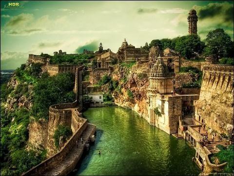 Chittorgarh Fort | HOME SWEET WORLD