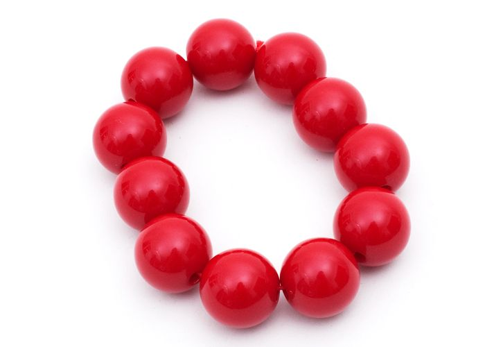 Rødt armbånd med perler - Tinga Tango Designbutik. Interiørbutik - Skønne smykker fra danske smykkedesignere - Billig fragt