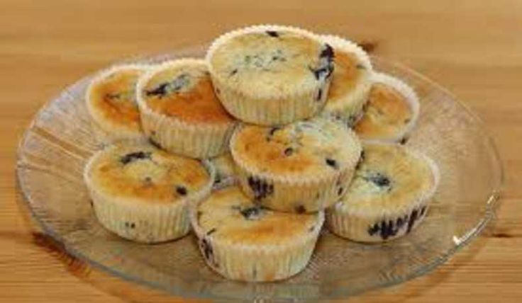Härliga enkla blåbärsmuffins som är saftiga och har mycket smak av blåbär.