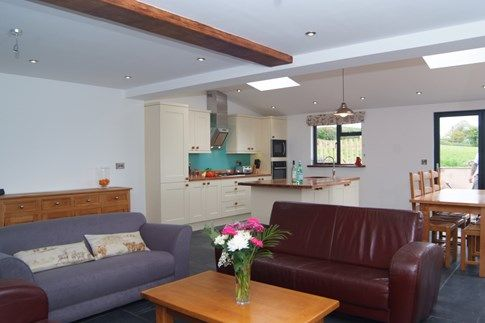 Just joined the portfolio, Great Ash Barn is brand new barn conversion for six, set deep in the Devon countryside. Panoramic views over the fields beyond provide an amazing sense of peace and tranquility, whilst energetic types can enjoy the fresh air on a brisk walk along one of the peaceful footpaths nearby – bring your four-legged friends too for a real doggy treat! Holiday #Cottage #Devon #Crediton #Farm #Peaceful #Tranquil #Countryside #Views #Walks u.classic.uk/Tq6c