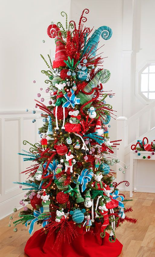 It's that time again! The 2016 RAZ Christmas Tree images are ready for viewing. The RAZ designers do such a wonderful job of decorating trees each year and