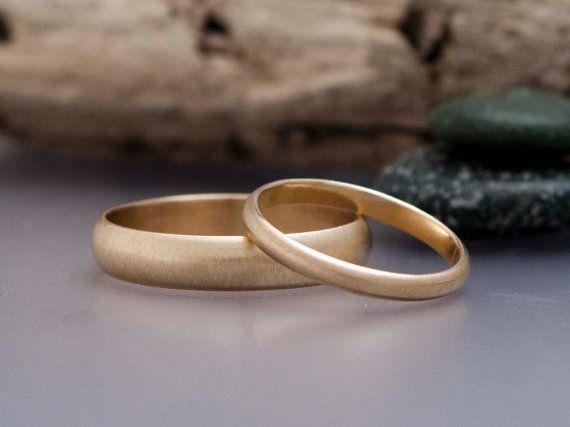Gold Ehering gesetzt sein und ihrs Classic 2mm von LichenAndLychee