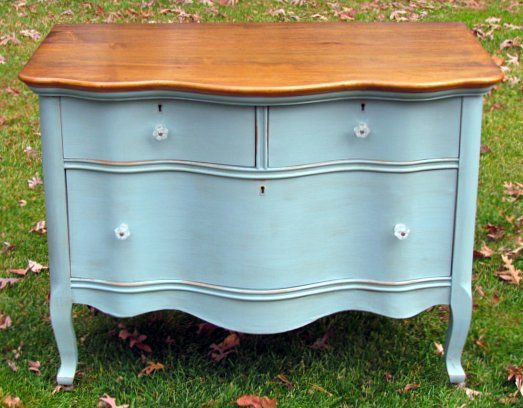 The princess dresser was painted in a mix of Duck Egg Blue, Louis Blue and Provence Chalk Paint® decorative paint by Annie Sloan   By Wildwood Creek.