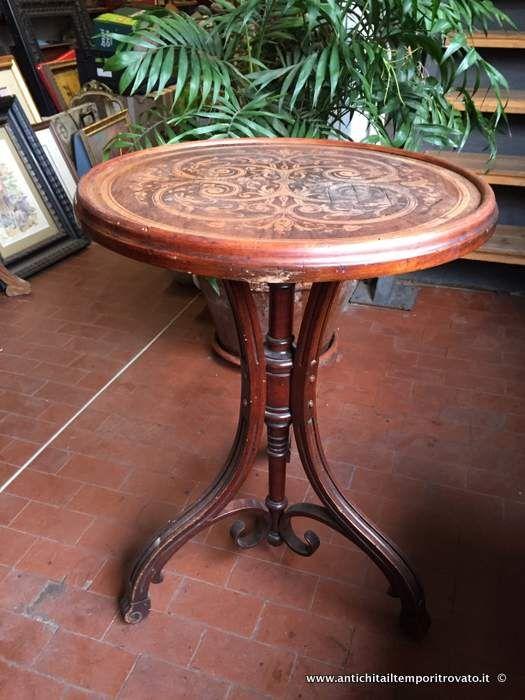Mobili antichi - Tavoli e tavolini Antico tavolino tipo Thonet - Antico tavolino in faggio curvato a vapore Immagine n°1