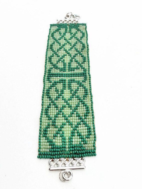 Perlenarmband Manschette Grün Ethno Irisch Elfen loom für