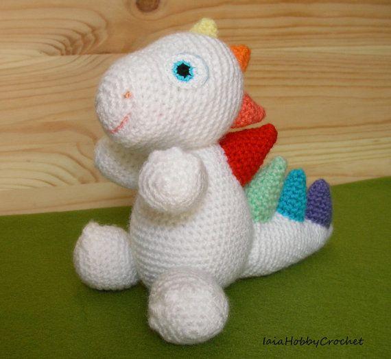https://www.etsy.com/it/listing/289994693/amigurumi-rainbow-dragon-amigurumi?ref=shop_home_active_4