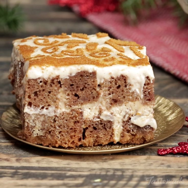 Turn a classic Italian dessert into a festive treat with pumpkin spice and gingerbread.