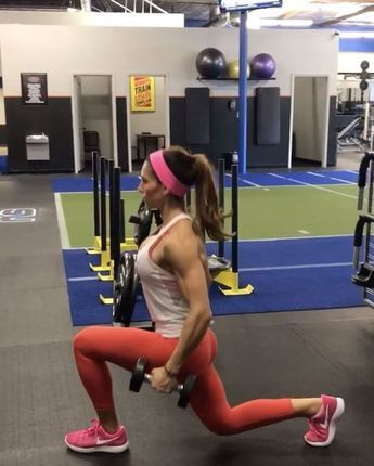 """7,959 Likes, 92 Comments - Alexia Clark (@alexia_clark) on Instagram: """"I ❤️ Leg Day! 1. 30seconds each side 2. 15 reps each side 3. 15 reps each 4. 60seconds 3-5…"""""""