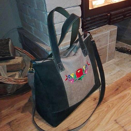 Richter / Vysivana taska-smaragd
