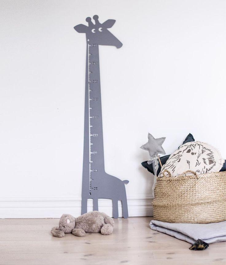 """underminavingar on Instagram: """"Nytt inne hos Truls - Sötaste mätstickan från @cirkusfabriken 💕 Nu har han en alldeles egen giraff ⭐️"""""""