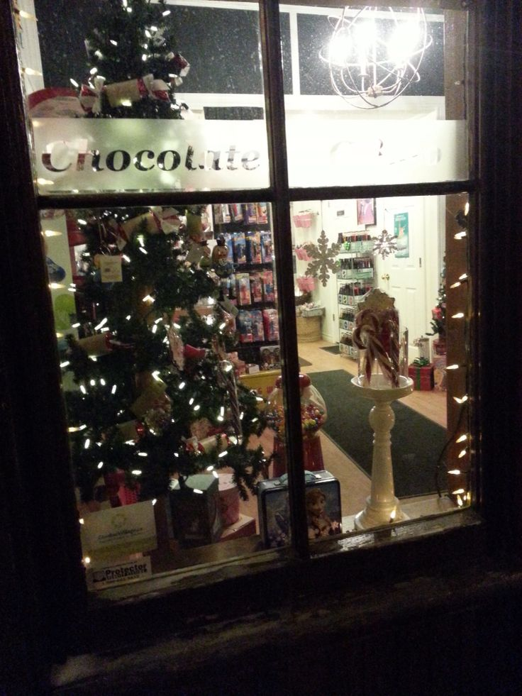 Cozy Christmas at Sweet Distractions, Elora Ontario.