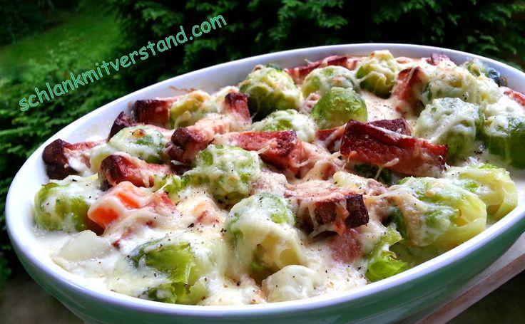 Rosenkohl – Leberkäse – Auflauf (low carb) Ein schlichtes Ofengericht, dass sich auch mit anderem Gemüse, wie Kohlrabi, Blumenkohl oder Brokkoli zubereiten lässt. Zutaten für 3 P…