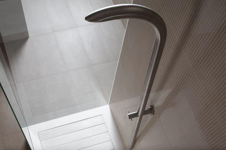 Linea Pietre Native, serie Basaltina, by Casalgrande Padana. #CasalgrandePadana #architecture #design #interiordesign #ceramics #ceramica #floor #pavimenti #bathroom