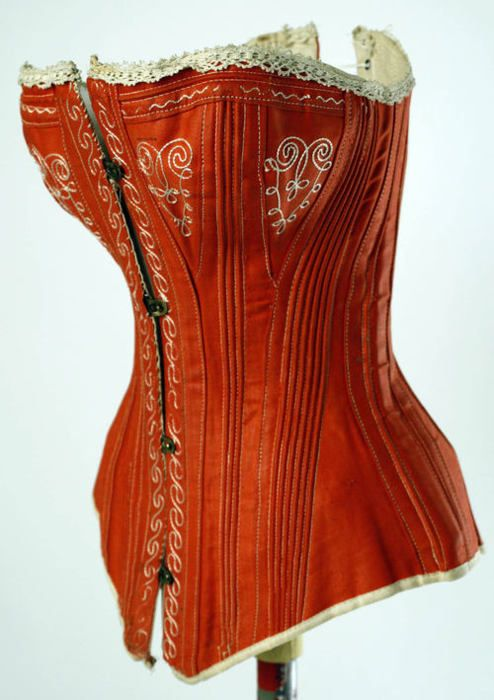 1880s corset via The Costume Institute of The Metropolitan Museum of Art