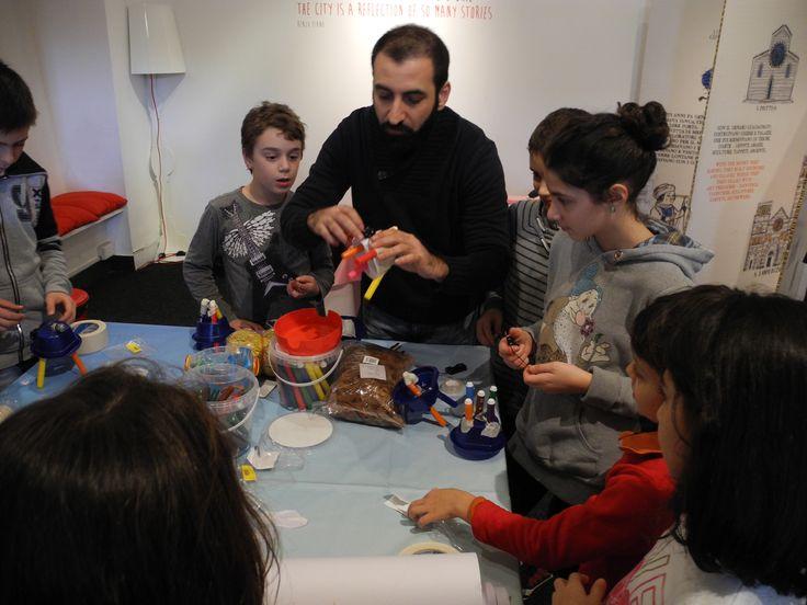 #Dalmicroalchip a Palazzo Ducale in #KidsintheCity inaugura il nuovo ciclo di laboratori in collaborazione con #IstitutoItalianodiTecnologia. www.palazzoducale.genova.it
