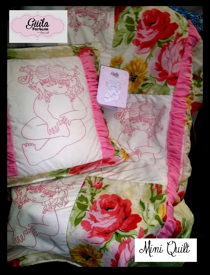 Juego colcha y almohadón. Rescate de tradiciones.   Set bedspread and pillow. Rescue traditions.  $ 80
