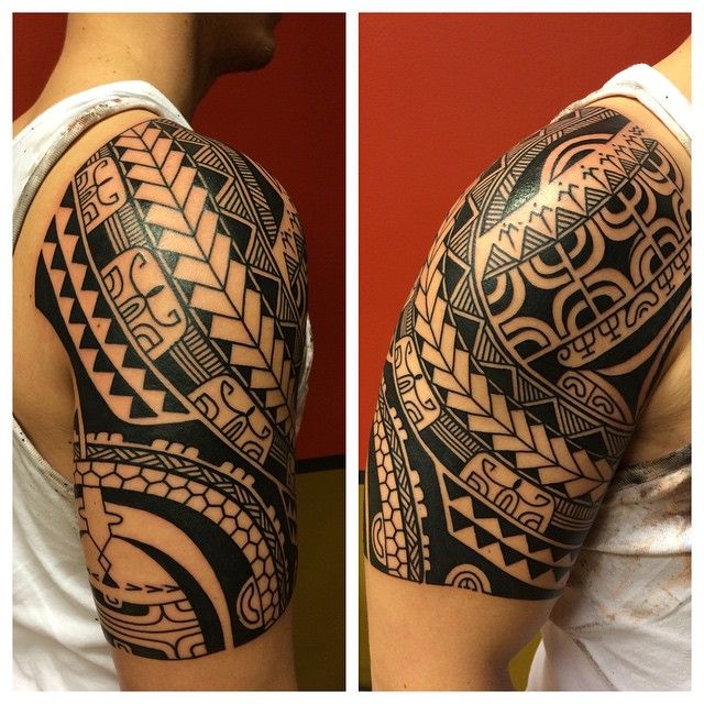 """@sevenseas_tattoos thanks tobi, one shot, skindrawn, lined n filled #polynesian #tattoolove #tattoo"""