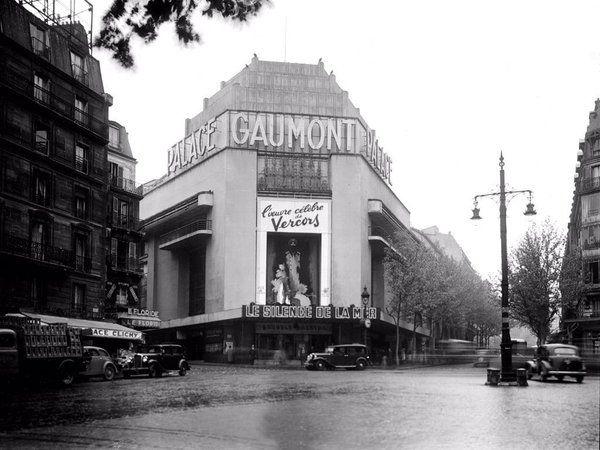 Le Gaumont Palace avec sa façade refaite en 1933. 1, rue Caulaincourt (Place de Clichy) Paris 75018.