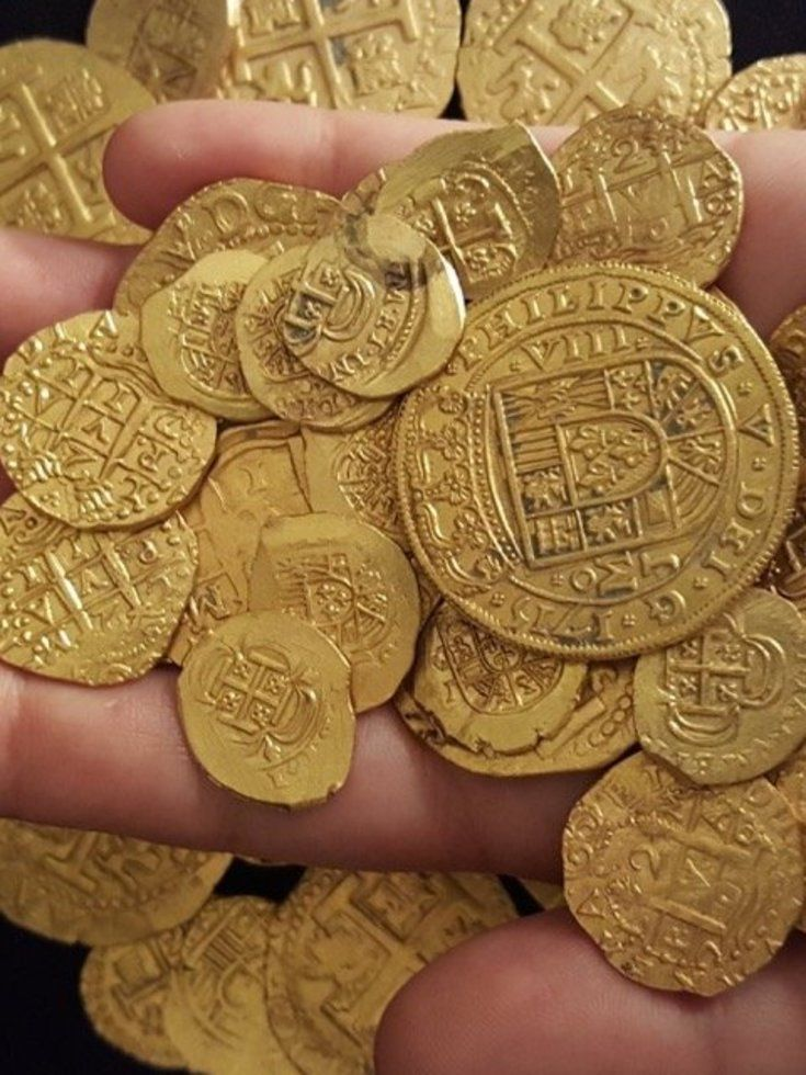 Family Finds More Than $1 Million In Gold From Spanish Shipwreck