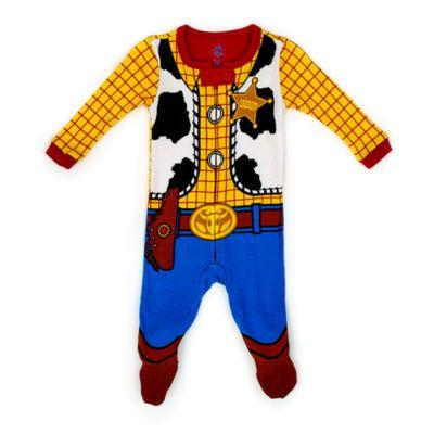 Come va, ragazzi? I più piccini si trasformeranno in Woody con questa divertente tutina da notte ispirata a Toy Story. La tutina in morbido cotone bio ha la chiusura con cerniera e comodi piedini.