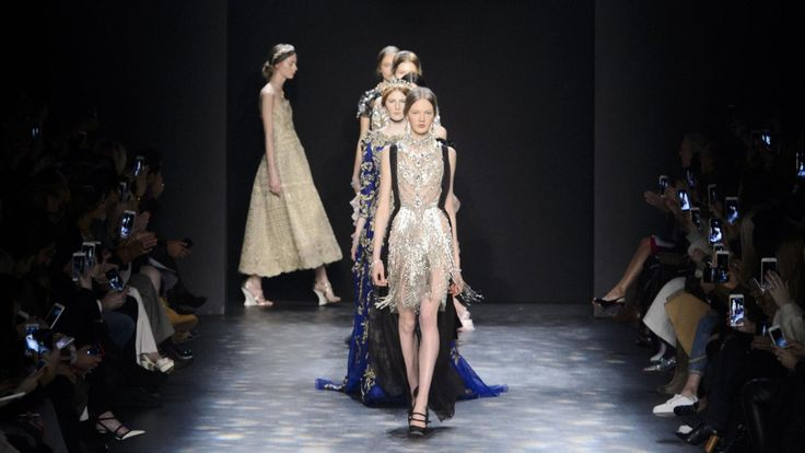 Marchesa Presents Jaw-Droppingly Gorgeous Dresses Made for the Oscars Red Carpet. There's still time!